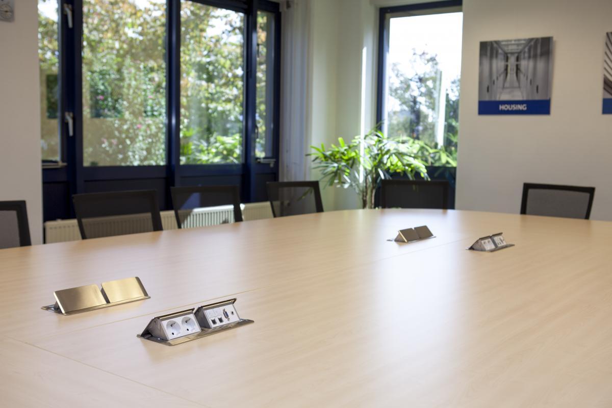 Innovative Produkte für Büro und Haushalt der Marke Legrand - Symbolbild